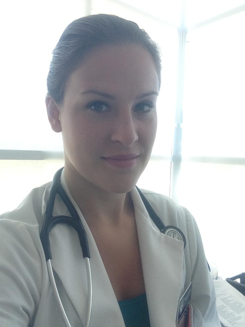Dr. Sandra Mele